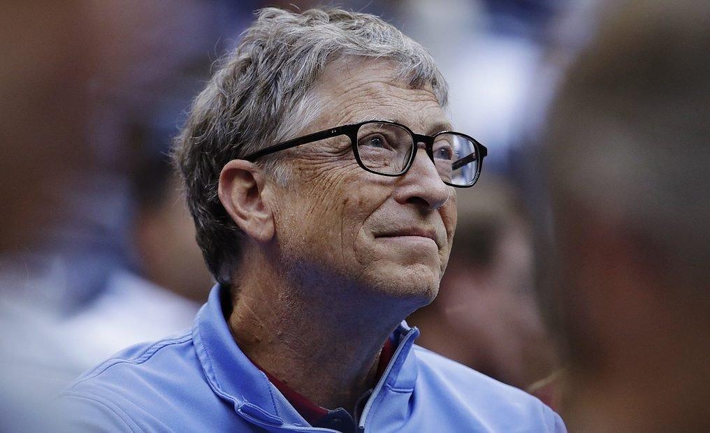Sau khi rời Microsoft, Bill Gates dành phần lớn thời gian cho các hoạt động thiện nguyện. Ảnh: Russophile.