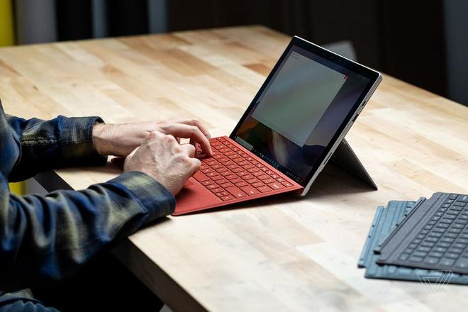 gia công laptop