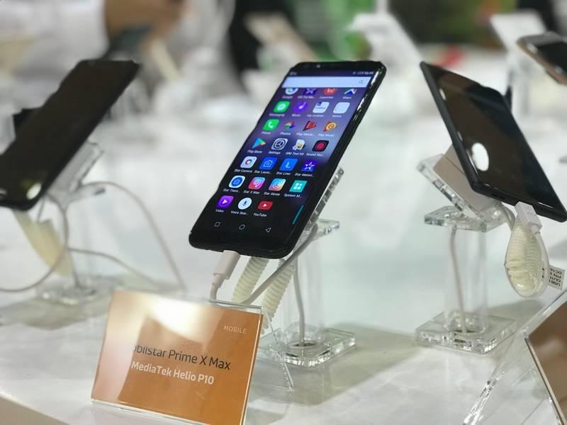 Sản phẩm của Mobiistar trưng bày tại triển lãm - Ảnh: MBS