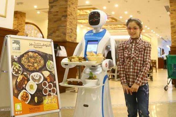robot phục vụ