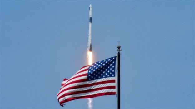 tên lửa spaceX