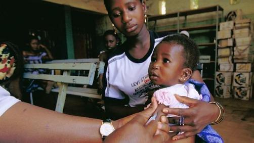 Tỷ lệ nghèo đói ở châu Phi vẫn sẽ ở mức 90% vào giữa thế kỷ này. Ảnh: Pharmafile.
