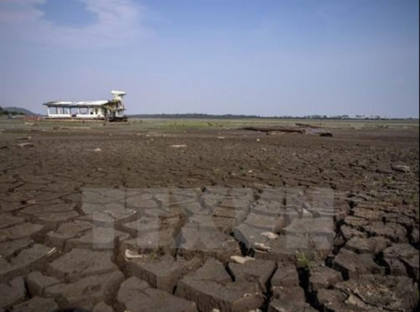 Sự ấm lên của Trái Đất làm đảo lộn thời tiết các châu lục. Ảnh minh họa: TTXVN
