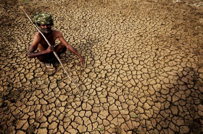 Việc ngăn chặn tia sáng mặt trời có thể mang lại tác động không mong muốn như phá vỡ gió mùa Ấn Độ. Ảnh: Time Magazine.