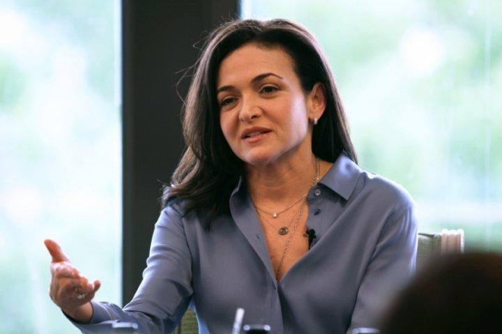 Bà Sheryl Sandberg - COO (Giám đốc vận hành) của Facebook.