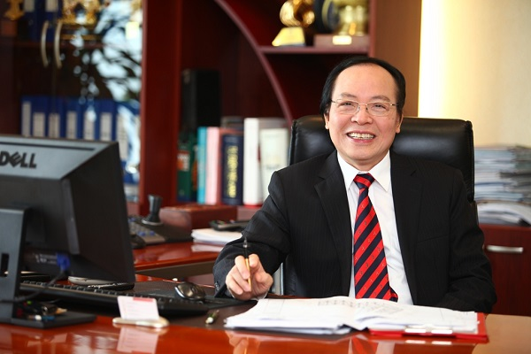 Kết quả hình ảnh cho chủ tịch tập đoàn vàng bạc đá quý DOJI