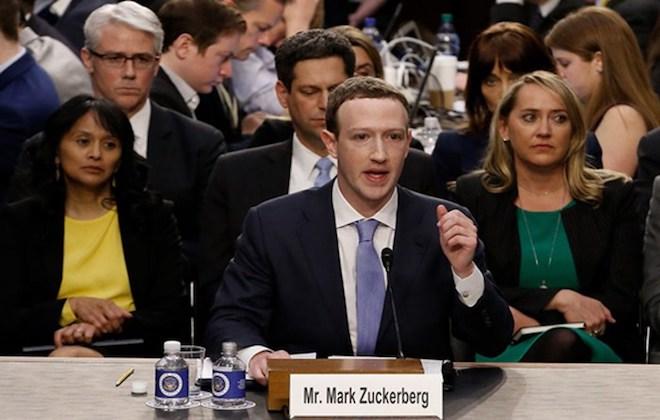 Mark Zuckerberg trong phiên điều trần trước Quốc hội Mỹ ngày 11/4. Ảnh: AP