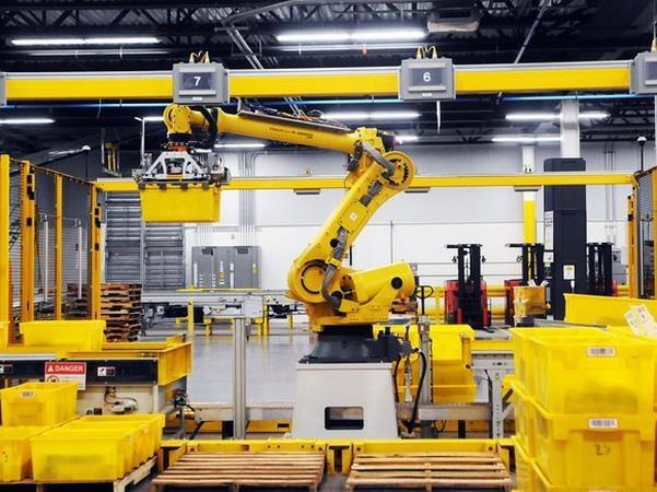 sử dụng robot trong sản xuất