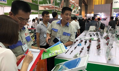 Thương mại điện tử giúp doanh nghiệp gia tăng xuất khẩu.