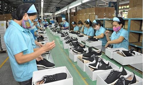 xuất khẩu giày dép
