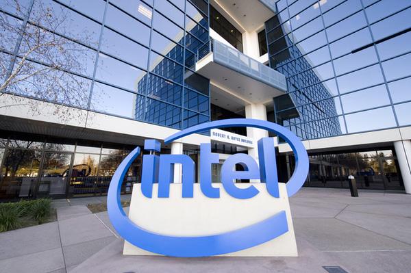 Intel hầu như nắm giữ tất cả những con át chủ bài với vị trí dẫn đầu về công nghệ sản xuất.