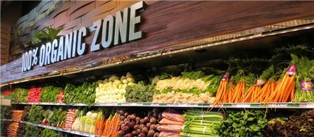Một gian hàng thực phẩm hữu cơ của Whole Foods Market.