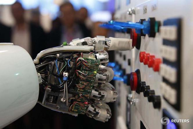 bàn tay robot