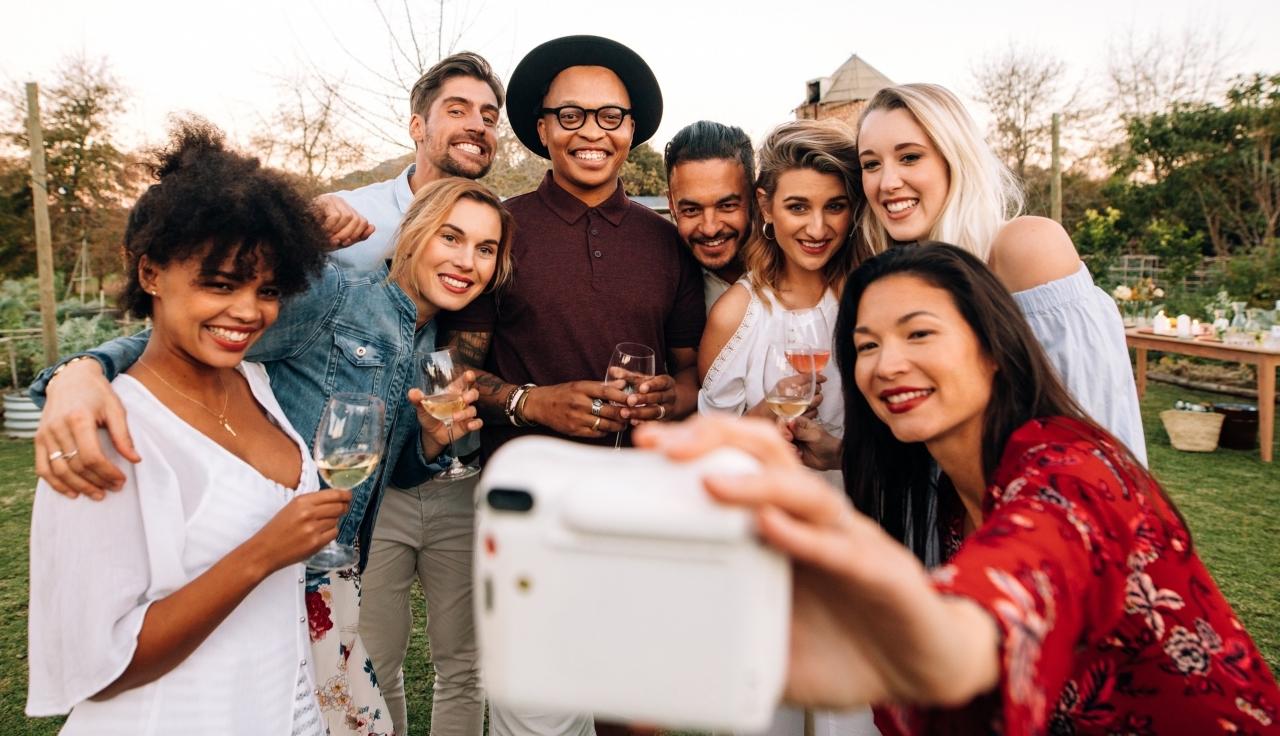 Millennials là nhóm tuổi chi tiêu nhiều nhất, đặc biệt sau khi kết hôn.