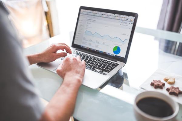 Quảng cáo trực tuyến sẽ chiếm một nửa quy mô thị trường quảng cáo 650 tỷ USD trong năm 2020.