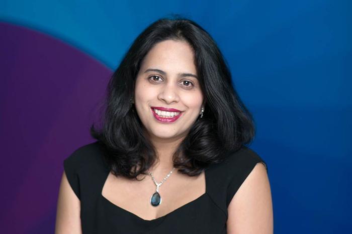 Bà Amrita Randhawa.
