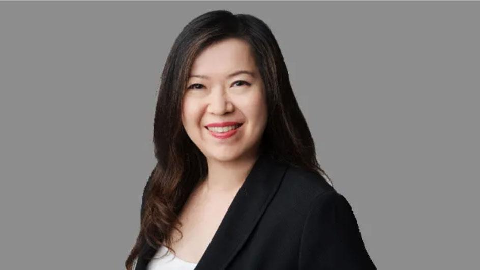 Bà Carolyn Chin-Parry - Giám đốc Kỹ thuật số (CDO) Prism Group.