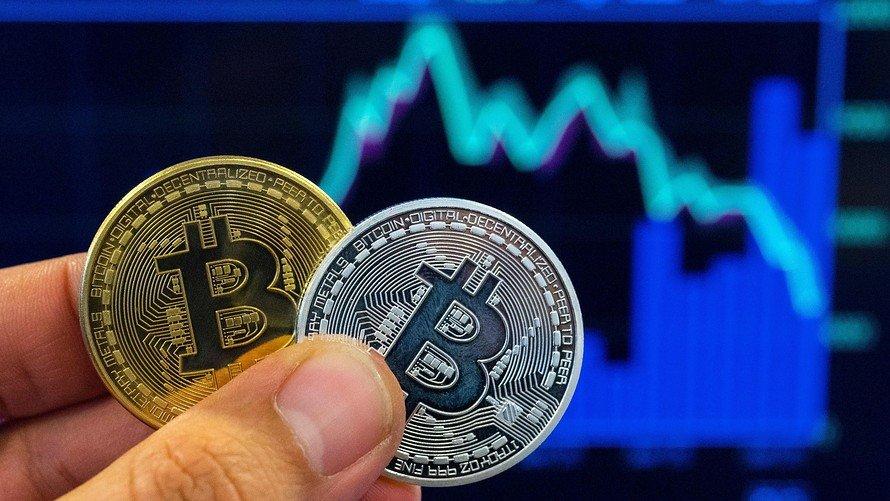 Giá Bitcoin cùng các đồng kỹ thuật số khác lao dốc liên tiếp trong những ngày qua