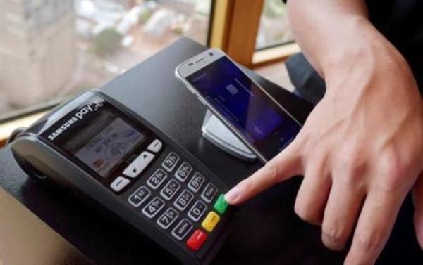 Thụy Điển có thể đi đầu thế giới trong việc bỏ sử dụng tiền mặt. Ảnh: Reuters