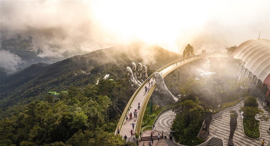 Cầu Vàng Sun World Ba Na Hills