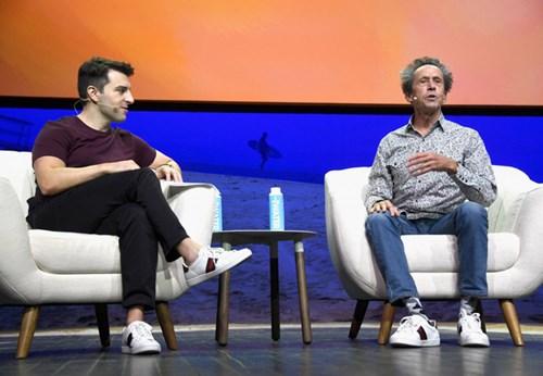 giày thể thao của giớ ceo công nghệ