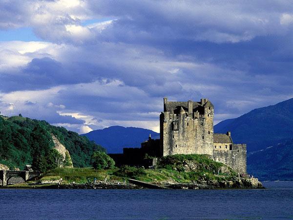 lâu đài scotland