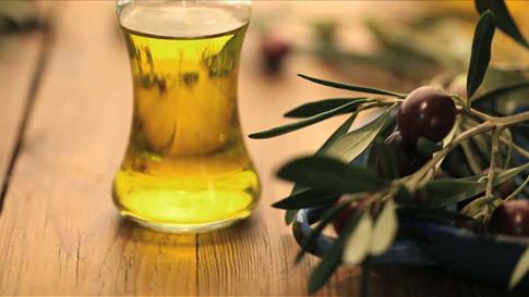 Kết hợp sô cô la đen và dầu ô liu giúp ngừa nguy cơ mắc bệnh tim