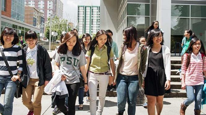 du học sinh châu á