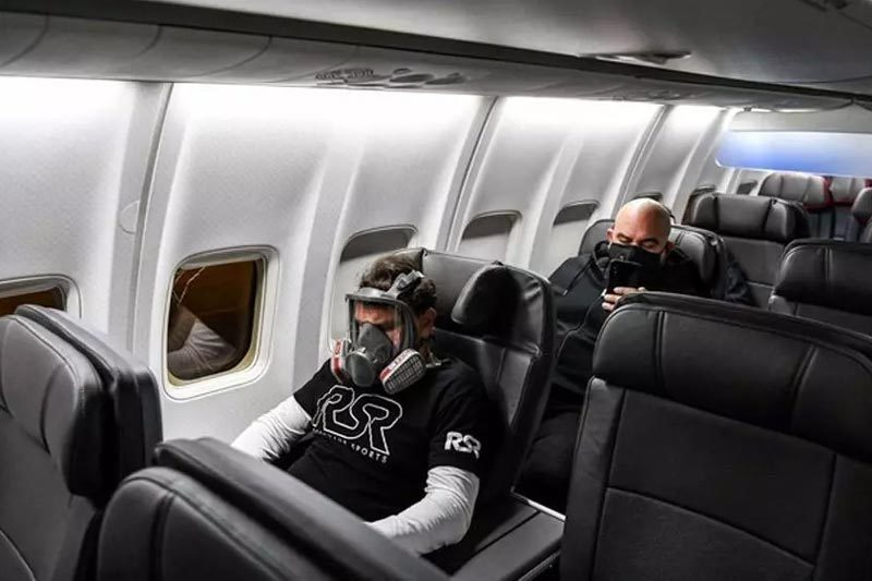 khách đi máy bay