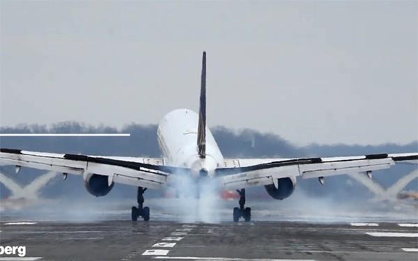 máy bay riêng