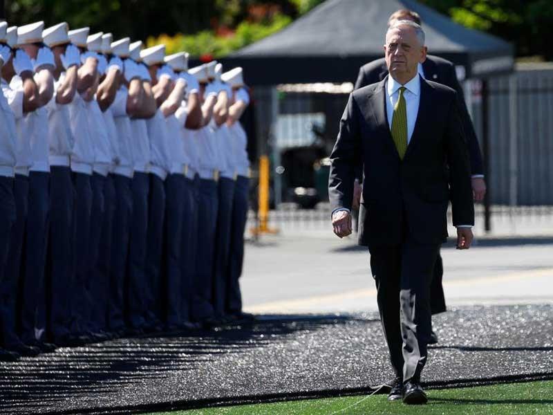 Bộ trưởng Quốc phòng Mỹ James Mattis được chào đón tại Học viện Quân sự West Point ở New York (Mỹ) ngày 27-5, sẽ là trung tâm tại Đối thoại Shangri-La lần này. Ảnh: REUTERS