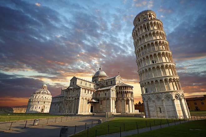 Tháp nghiêng Pisa được UNESCO công nhận là di sản thế giới từ năm 1987