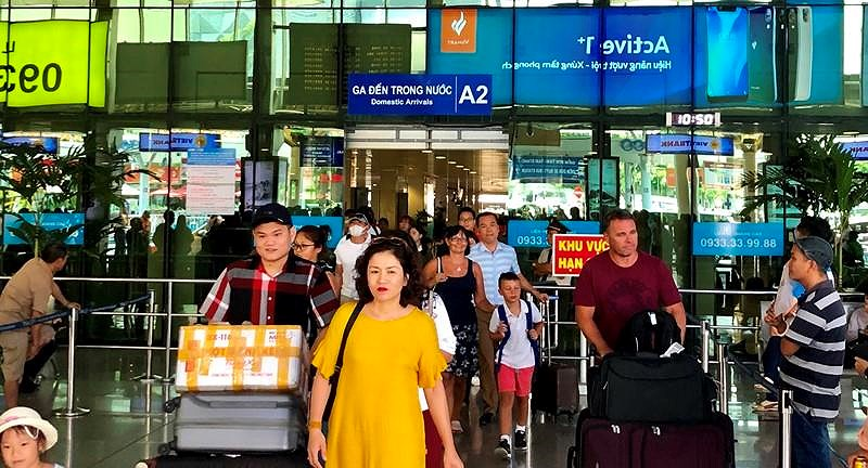 Hàng không tung hàng triệu vé cao điểm du lịch hè - ảnh 1