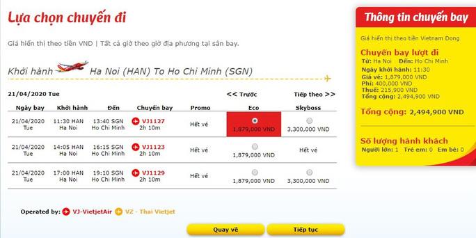 giá vé máy bay tăng cao