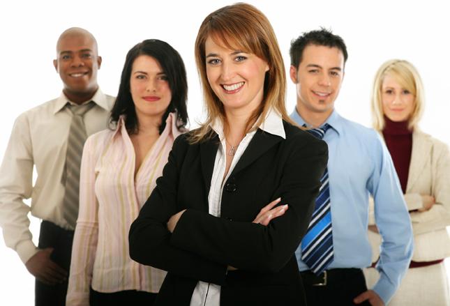 50% nhà tuyển dụng ngành bán lẻ cho biết có chính sách tuyển dụng nhân sự cấp trung, cấp cao nước ngoài. Ảnh minh họa