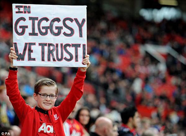 Giggs sẽ là hình mẫu cho các cậu bé đam mê bóng đá