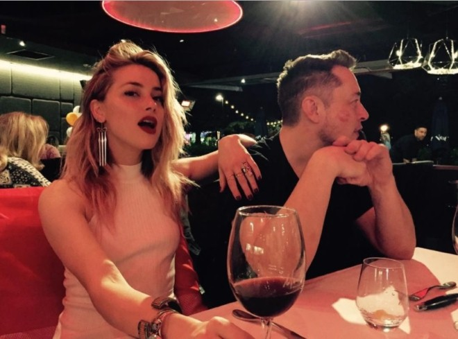 Vừa chia tay Johnny Depp, Amber Heard đã nhanh chóng tìm được bến đỗ mới bên ông trùm công nghệ Elon Musk