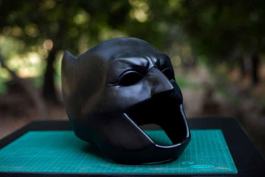 Mũ bảo hiểm Batman in 3D được tạo bởi Ashkan Nazari