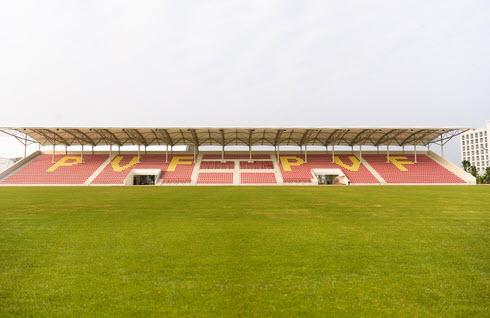 Sân thi đấu chính, quy mô 3,600 chỗ được đảm bảo những điều kiện thi đấu tốt nhất các giải đấu lớn.
