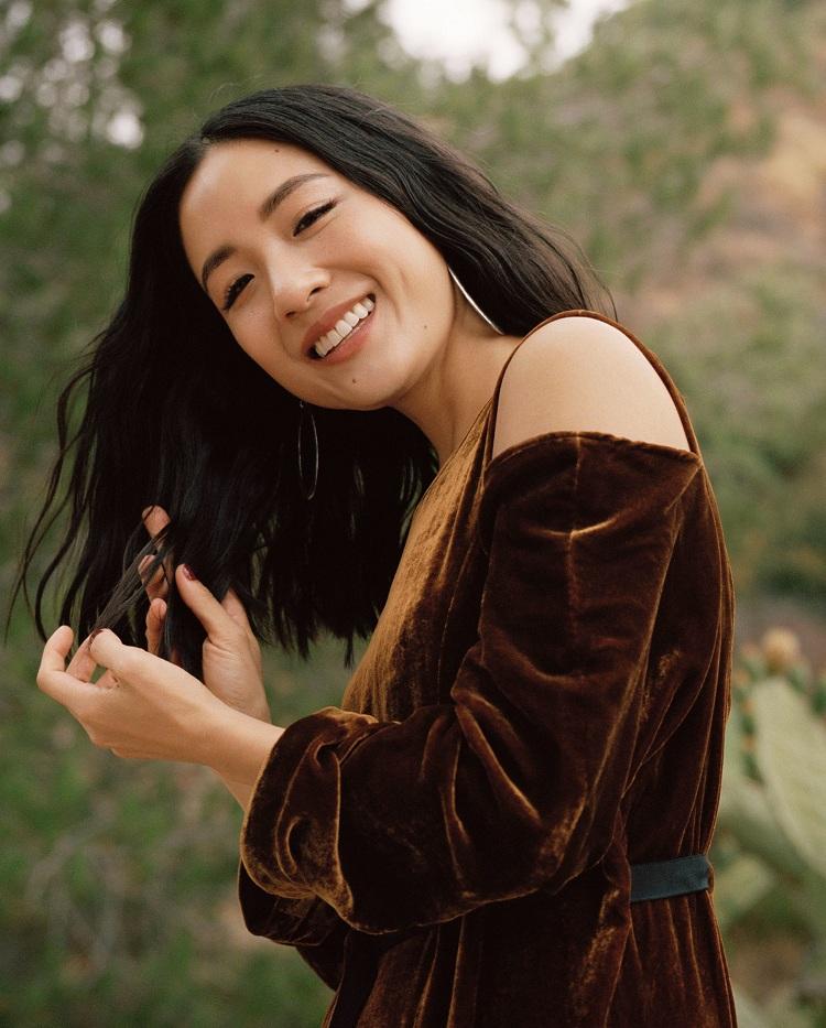 Vẻ đẹp trong sáng, lối diễn xuất tự nhiên giúp Constance Wu ghi được dấu ấn trong điện ảnh