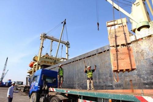 Xuất khẩu tiếp tục là động lực mạnh mẽ của tăng trưởng