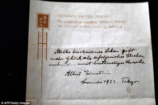 Thuyết hạnh phúc Einstein gửi tặng người đưa thư có giá hơn 35 tỷ đồng - ảnh 2