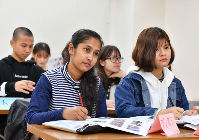 sinh viên nước ngoài