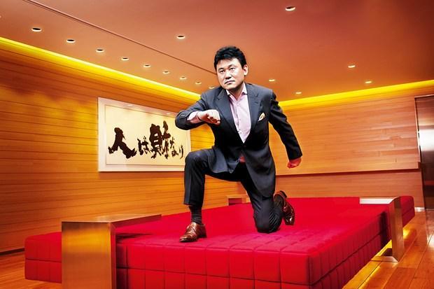 """Công thức """"đánh bại Amazon"""" của CEO Rakuten"""