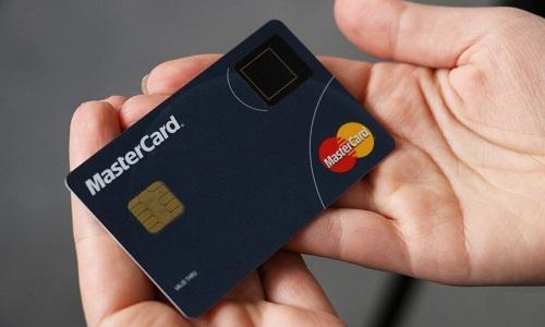 Mastercard đối diện với đơn kiện khổng lồ tại Anh